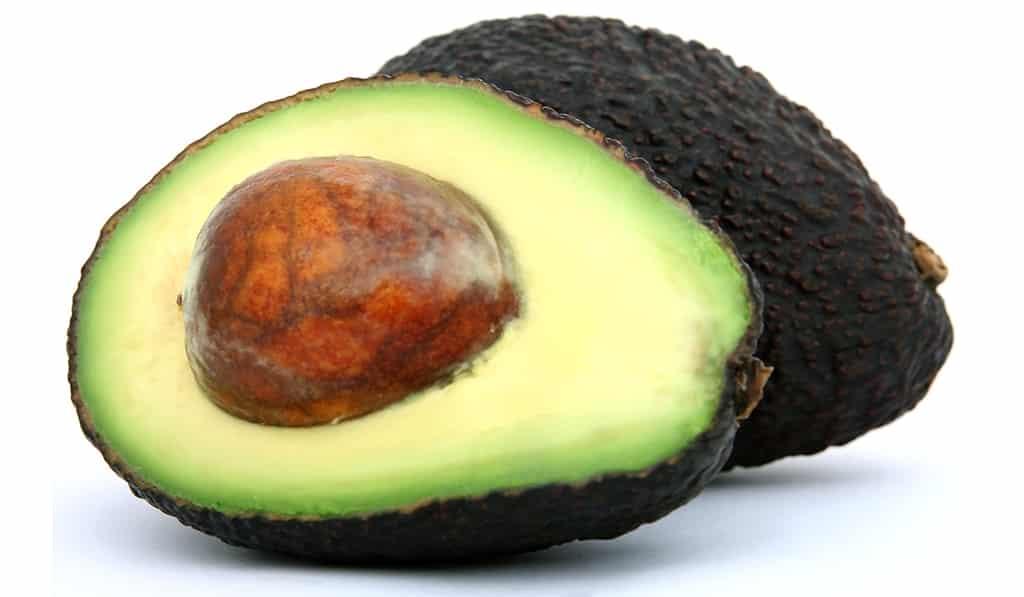8 λόγοι για να προσθέστε το αβοκάντο στη διατροφή σας